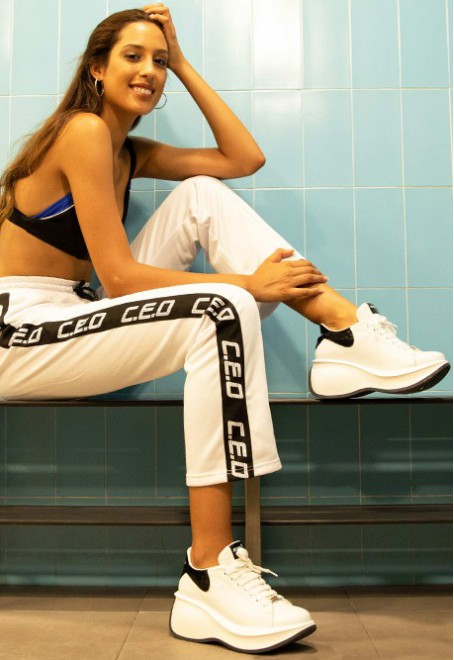Iroko vegan leather blanco