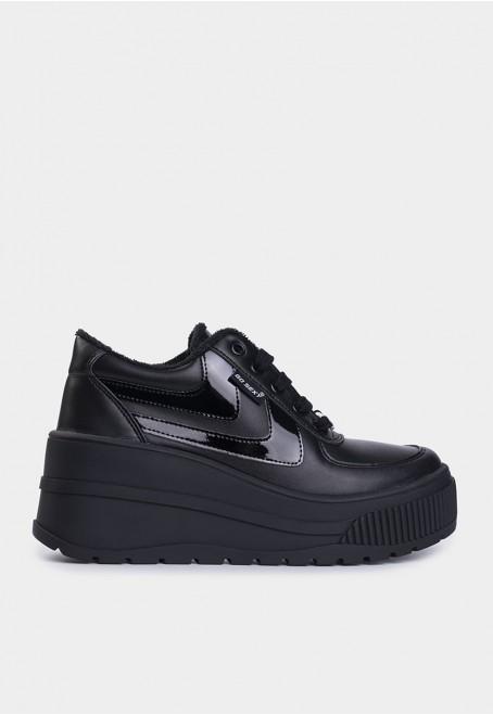 Surwave vegan negro adornos en negro