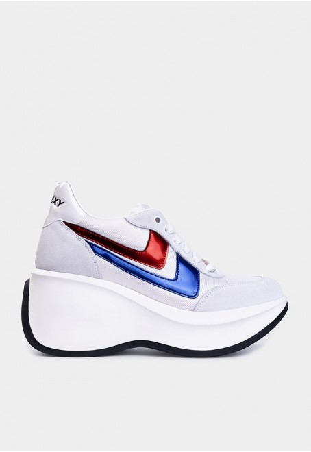 Iconic white suede with blue and red details